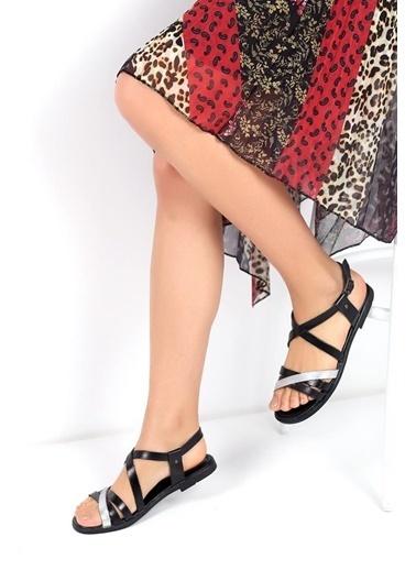 Pembe Potin A116-19 Kadın Sandalet Siyah